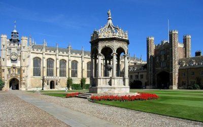 Popular Courses In UK Universities