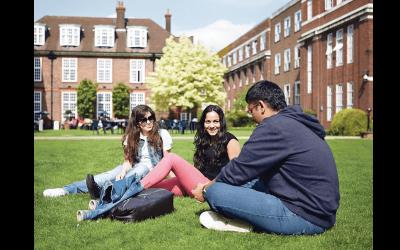 Popular Courses in UK